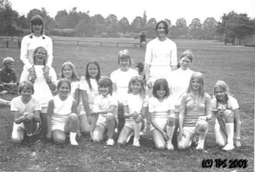 1972-landskamp-stikbold-foraar