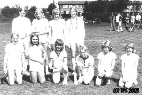 1973-landskamp-1-stikbold-foraar